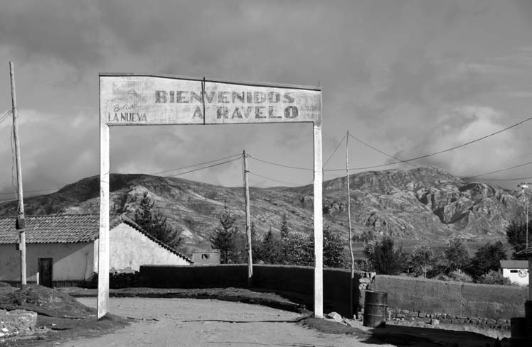 Welcome to Ravelo (Photo by Susan Walsh)